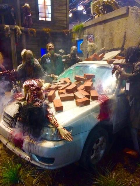 Halloween 2020 Houses Drive Thru Haunted Houses Could Save Halloween This Year During