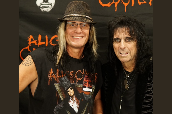 Alice Cooper Releases New Line Of Hot Sauces