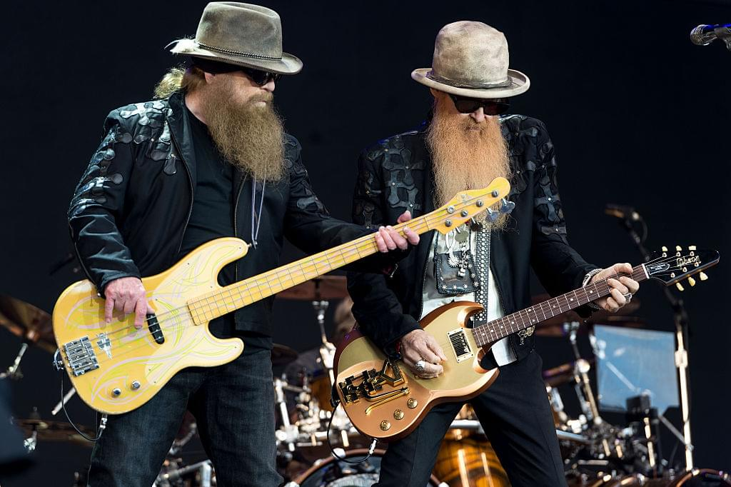 ZZ Top's Billy Gibbons Reunited With His Lost Rhinestone Suit, Thanks To Pawn Stars!