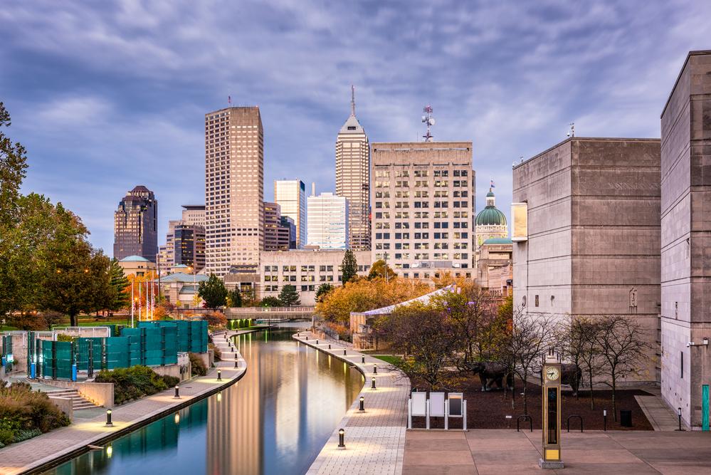 Lucas Oil Stadium & Indiana Convention Center Hold Job Fair Saturday