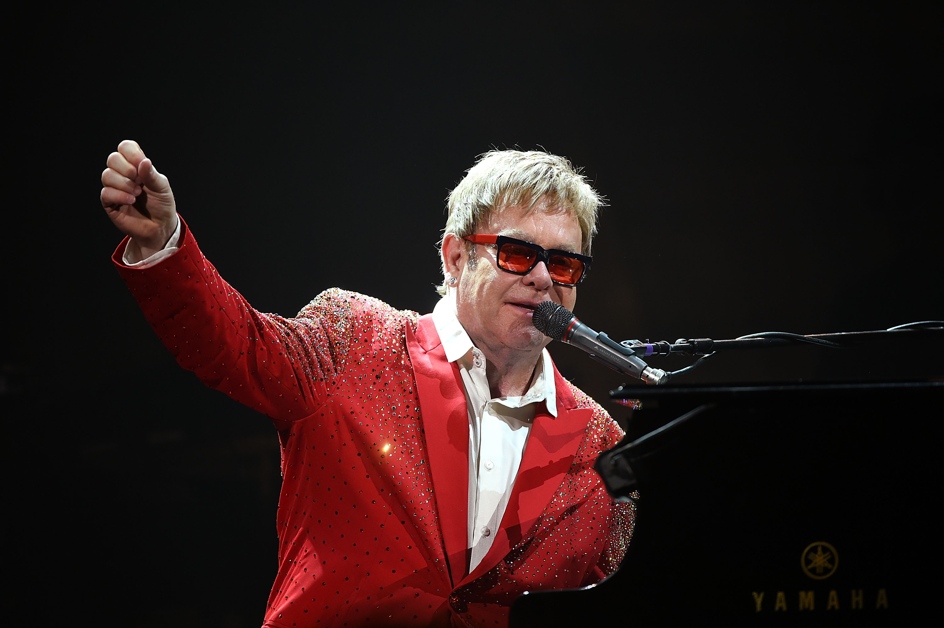 Colts Owner Drops $915,000 On Elton's Prized Touring Piano!