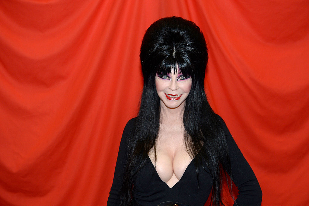 """""""Yours Cruelly, Elvira"""", New Book From Cassandra Peterson Now Available (And It's Definitely A """"Tell All"""")"""