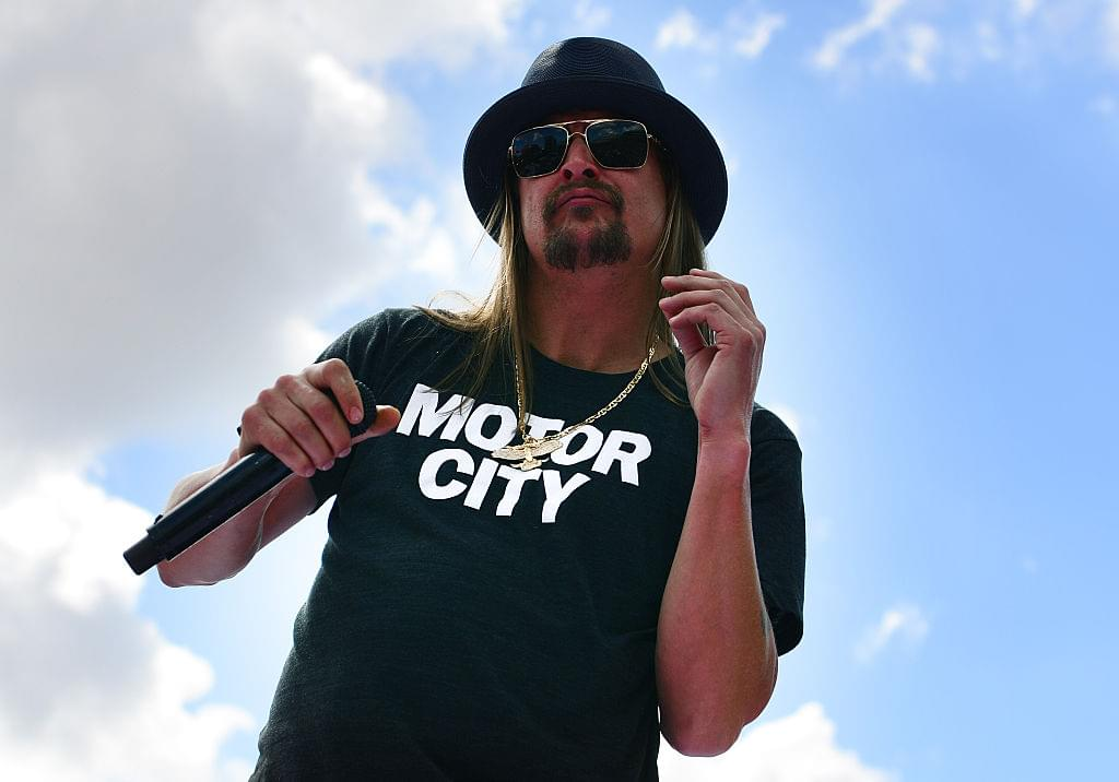 Kid Rock Went on a Drunken Tirade Against Oprah at a Bar ***NSFW***