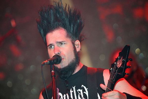 "Static-X Debuts New Song ""Hollow"" With Vocals By Wayne Static"