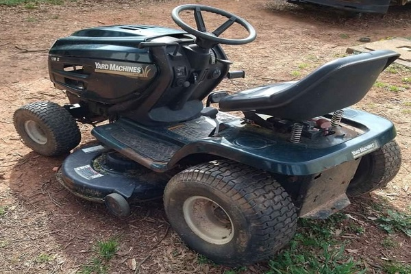A Guy Used a Riding Mower as His Getaway Car During a Burglary Spree