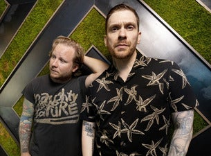 Win Tickets To 93.9 X-MAS Starring Smith & Myers