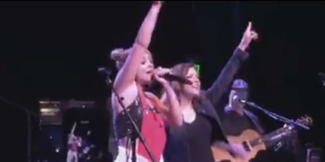 "Lauren Alaina And Martina McBride Sing ""This One's For The Girls"" [VIDEO]"