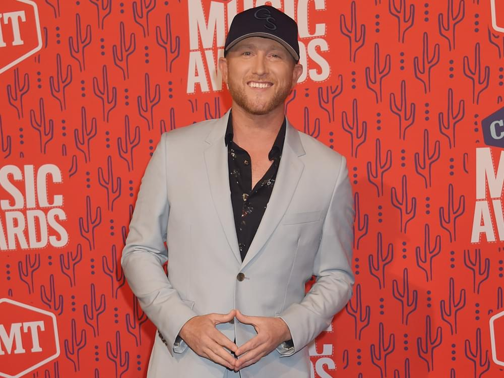 """Cole Swindell Announces """"Down to Earth Tour"""" With Hardy & Trea Landon"""