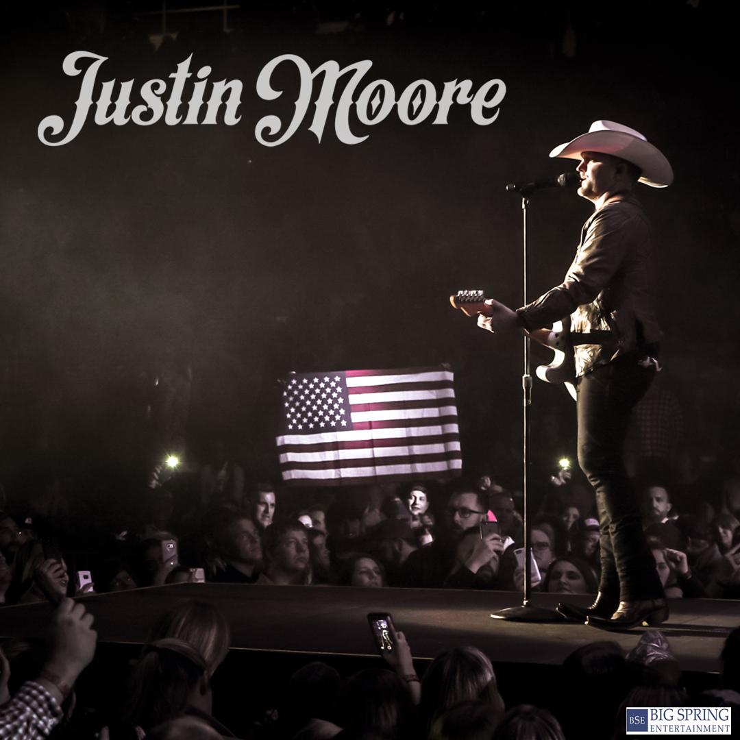 Justin Moore in #Murfreesboro