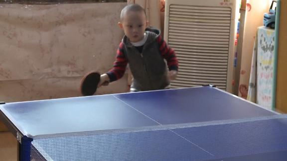 201105193311-ping-pong-toddler-jiang-yunbo-live-video