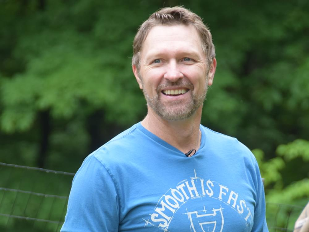 "Craig Morgan to Release ""The Father, My Son & the Holy Ghost"" to Country Radio as Official Single on Oct. 7"