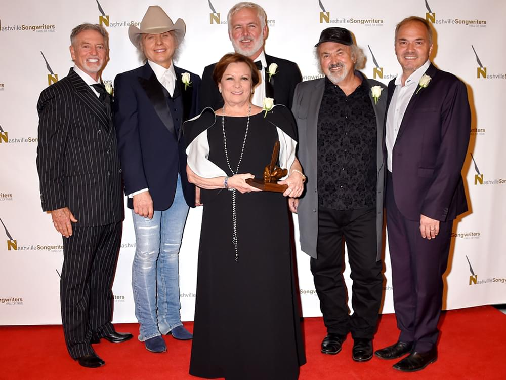 Dwight Yoakam, Larry Gatlin, Marcus Hummon & More Get Inducted Into Nashville Songwriters Hall of Fame [Photo Gallery]