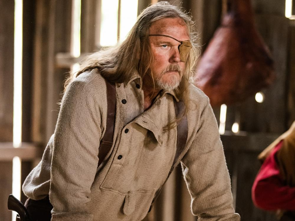 "Watch Exclusive Clip of Trace Adkins as Confederate Outlaw in Upcoming Movie, ""Badland"""