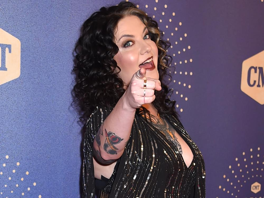 """Play It Forward: Ashley McBryde Says Everyone Needs to Hear Tenille Arts' """"I Hate This"""" [Listen]"""