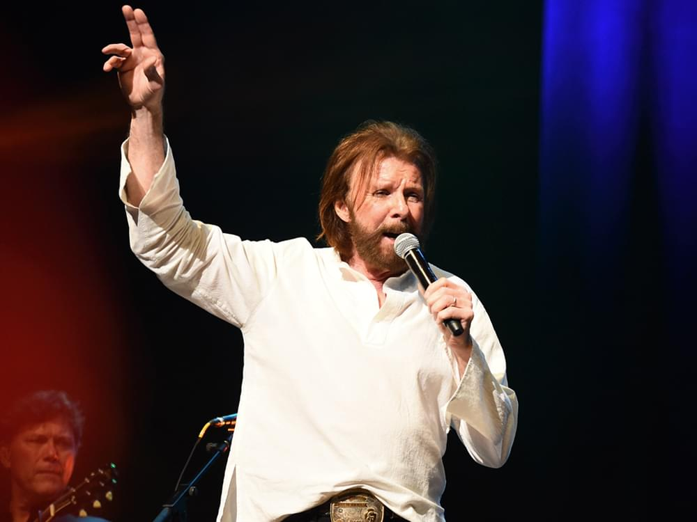 "Listen to Ronnie Dunn Cover George Strait's ""The Cowboy Rides Away"" From New Album, ""Re-Dunn"""