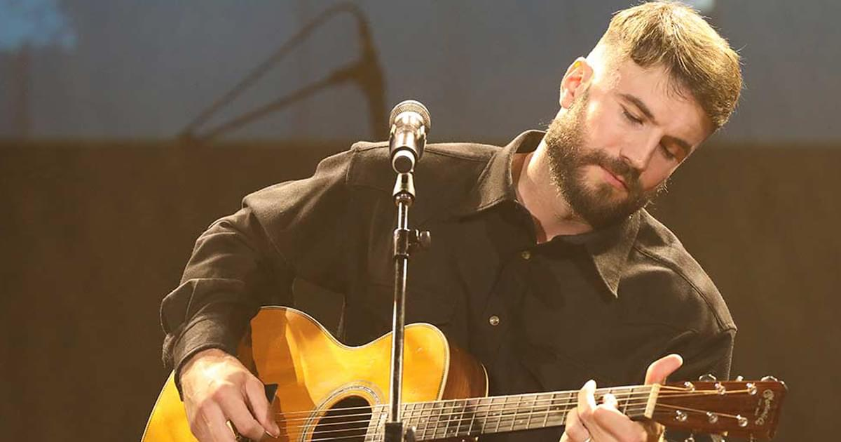 """Sam Hunt Releases Acoustic Version of Top 5 Single, """"Hard to Forget"""" [Listen]"""