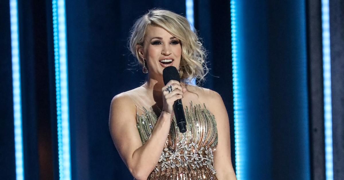 """Carrie Underwood Shines on New Rendition of """"O Holy Night"""" [Listen]"""