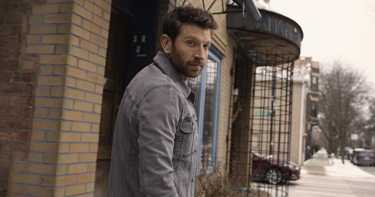 Brett Eldredge Takes the Stairs to Make It a Good Day
