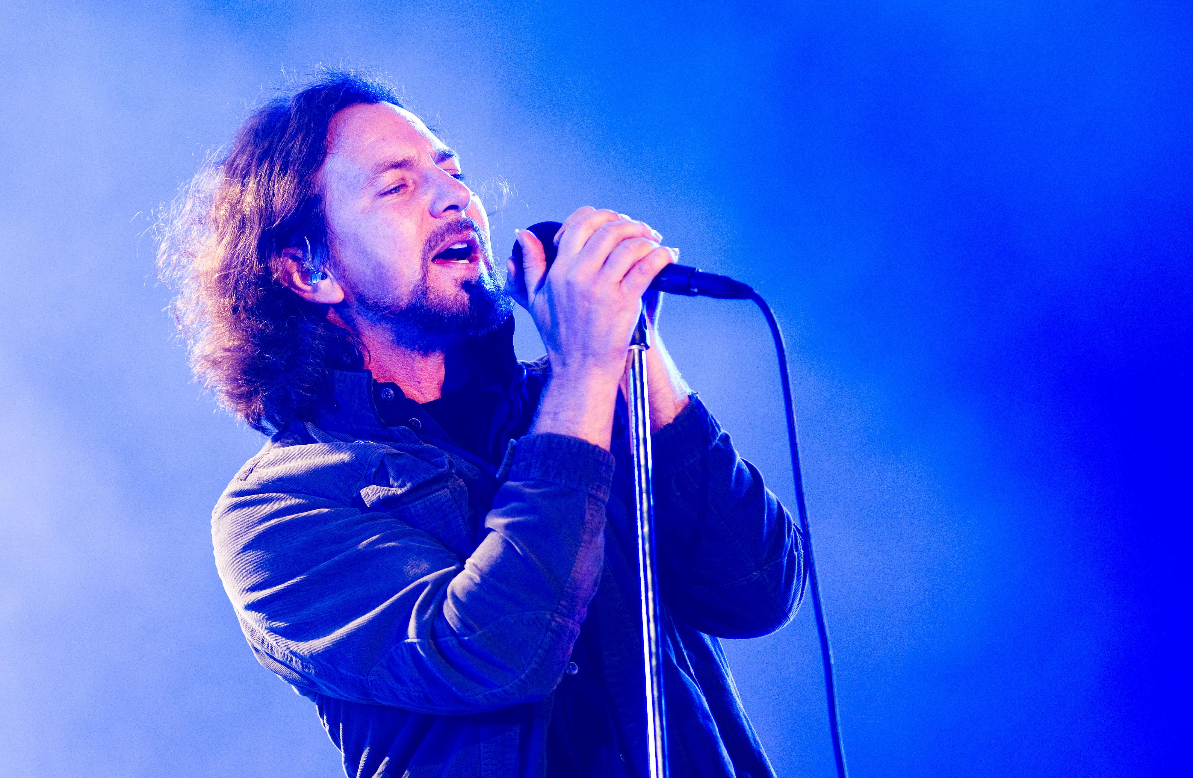 Watch Pearl Jam Perform 'Dance of the Clairvoyants' For the First Time [VIDEO]