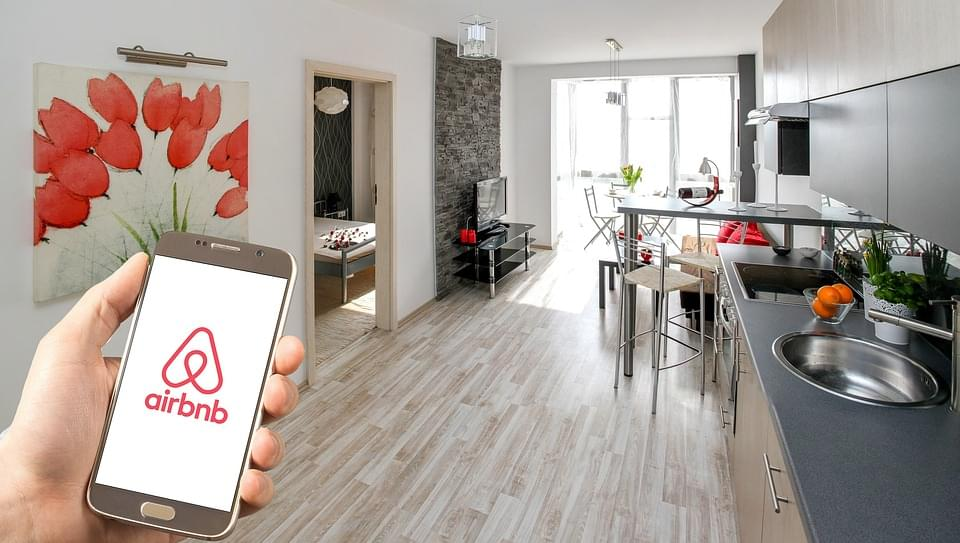 Fresno Council Votes to Regulate Airbnb