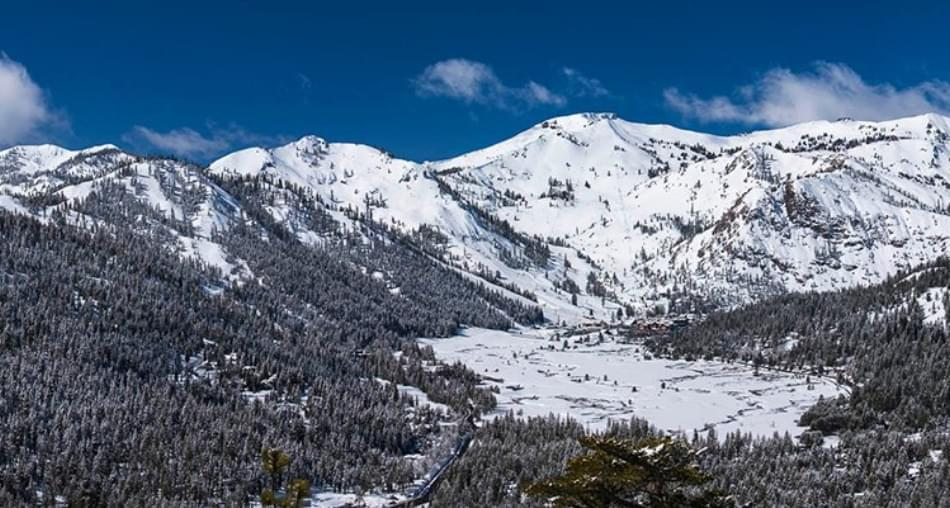 BREAKING: 1 Dead, 1 Seriously Injured, Avalanche at Alpine Meadows Ski Area in Northern California