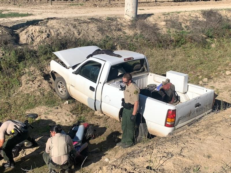 Suspects Lead Sheriff's Deputies on High-Speed Fresno County Chase