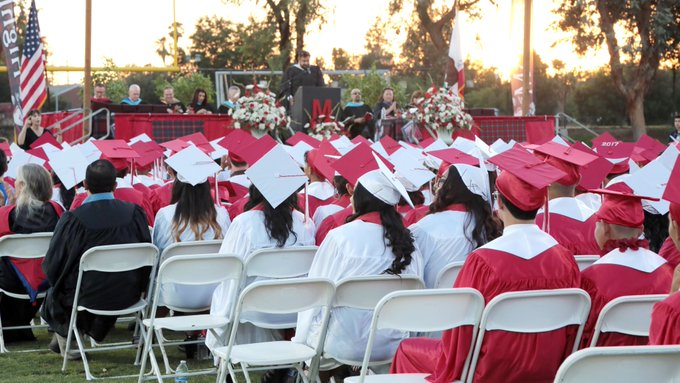 Fresno Unified will Hold Outdoor Graduation Ceremonies