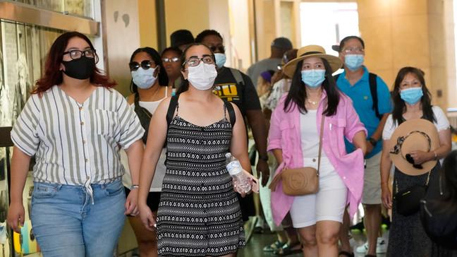 Use Masks Indoors Regardless of Vax Status: California Health Dept.