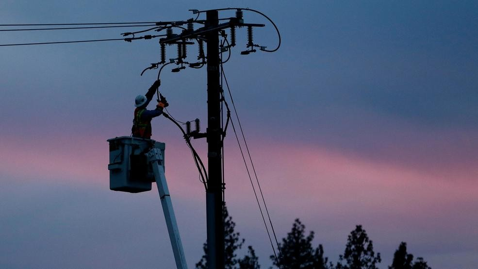 Weekend Storm Preparation From PG&E