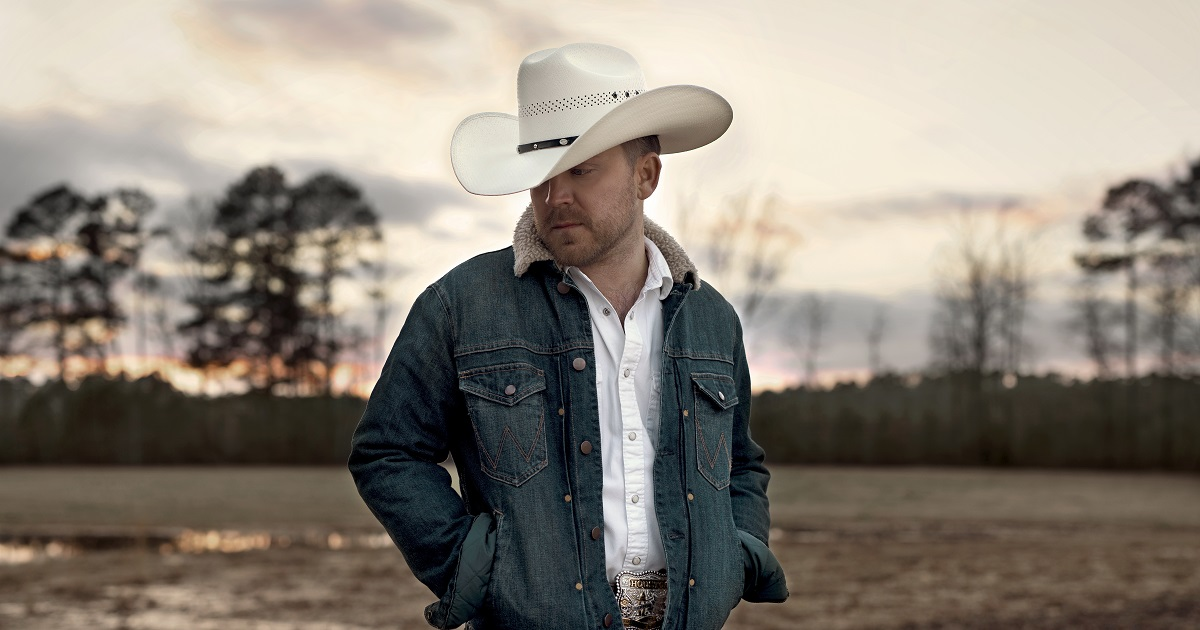 Justin Moore's New Collection of Songs – Straight Outta The Country – Is Available Now