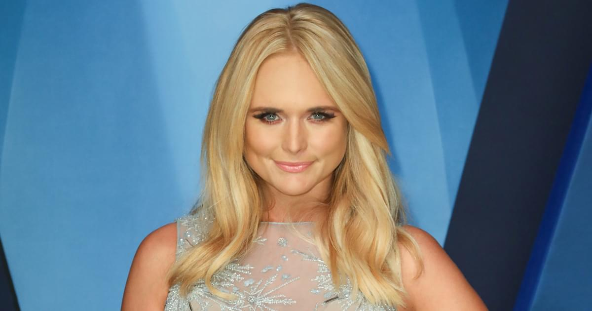 """Bluebird"" Soars! Miranda Lambert Scores First Solo No. 1 Single on Billboard Chart in More Than 8 Years"