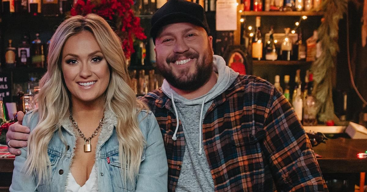 """Mitchell Tenpenny Debuts the Music Video For """"Neon Christmas"""""""