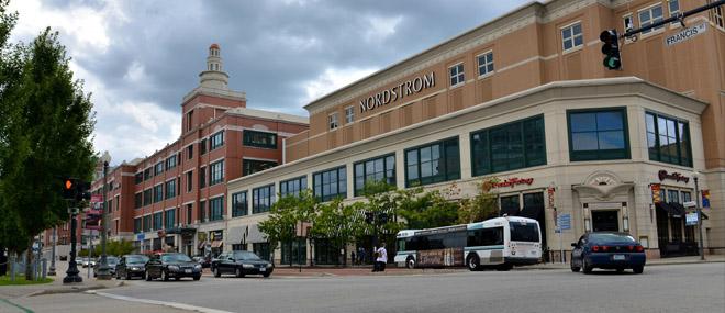 Providence Place Mall_Lindsey Lerner