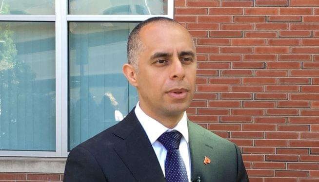 Providence Mayor Jorge Elorza wins second term