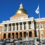 RI visitors face quarantine order in Massachusetts