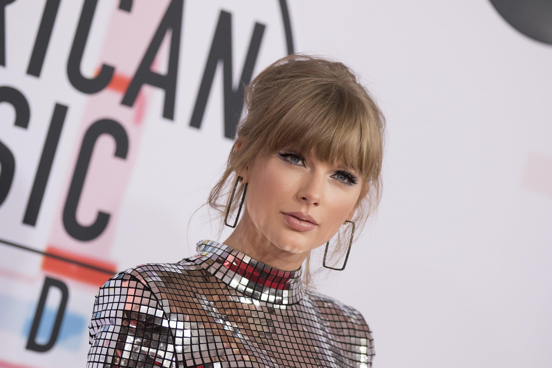Taylor Swift responds to crash with 'Getaway Car' lyric