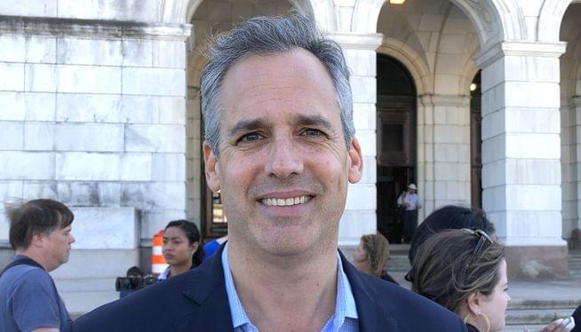 Progressive candidate says he'll run for RI governor