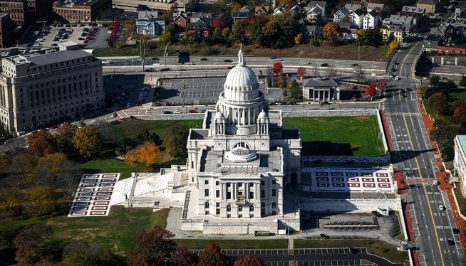 $300M in emergency borrowing approved to keep Rhode Island running