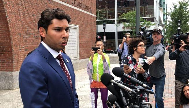 Wunderkind ex-mayor to face jurors in fraud, bribery case