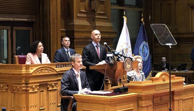 Mayor cheers the capital city his annual address