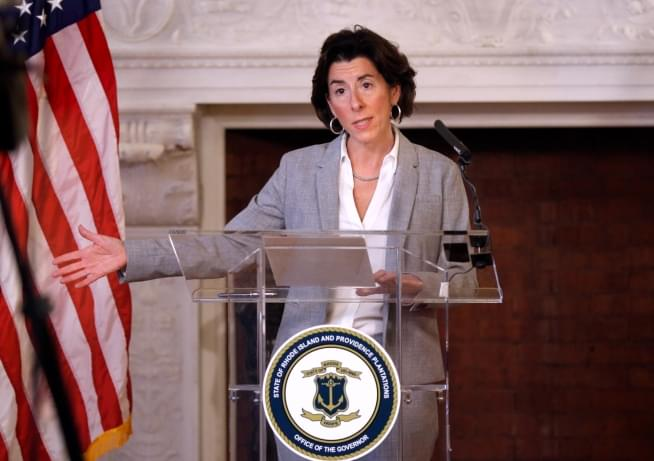 Raimondo tells schoolkids: I'll help you cope with isolation