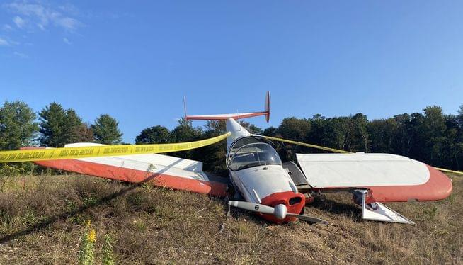 Small plane crashes on farm; only minor injuries to pilot