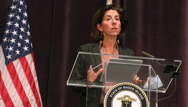 Governor urges Rhode Islanders to scale back Thanksgiving