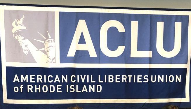 ACLU sues Portsmouth over resident's critical signs