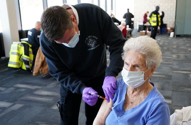 Massachusetts expands homebound vaccination program