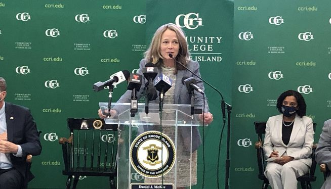 CCRI president gets new 3-year contract