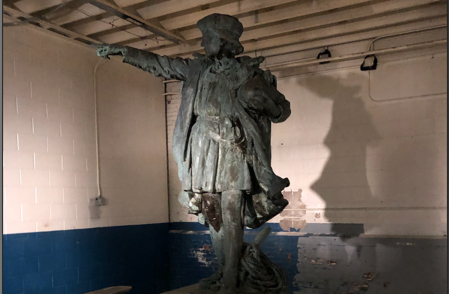 PHOTO: Gene Valicenti tracks down Providence's Columbus Statue
