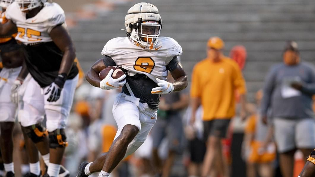 Vols Climb the Polls As Season Approaches