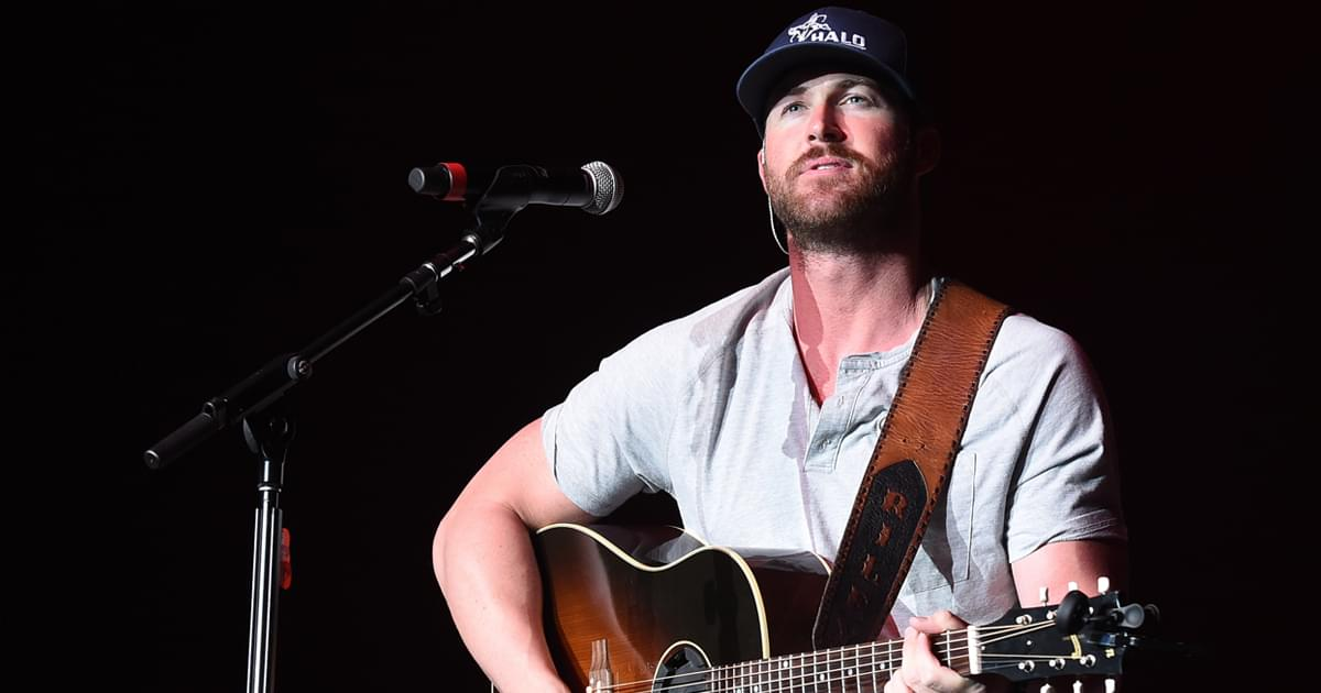 """Riley Green to Release 5-Song EP, """"If It Wasn't For Trucks,"""" on Sept. 11"""