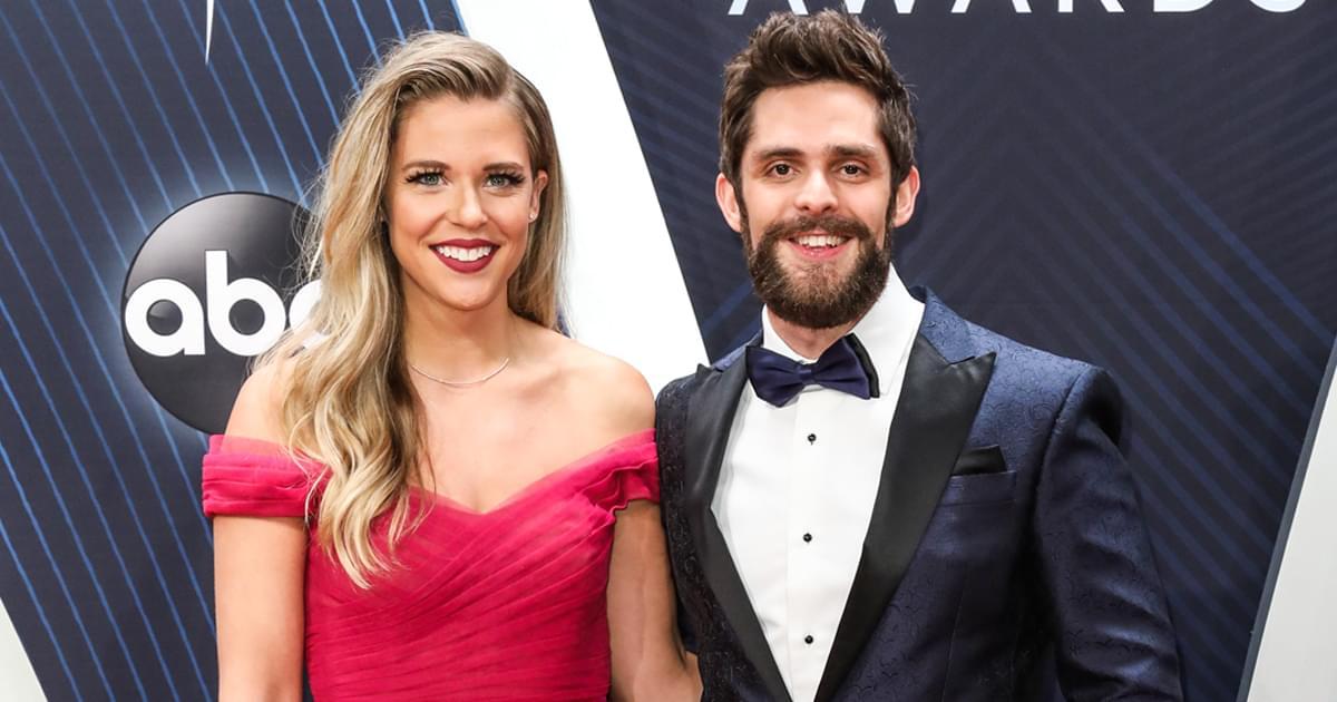 "Thomas Rhett & Lauren Akins to Co-Host ""CMA Country Christmas"" TV Special on Nov. 30"